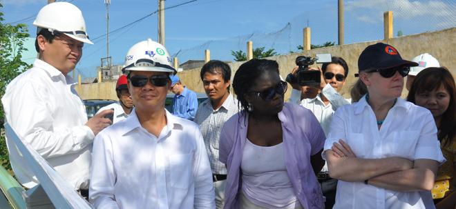 Phó chủ tịch World bank đến thăm và làm việc tại Đà Nẵng - The project's site visit of Ms. Pamela Cox, Vice President of the World Bank
